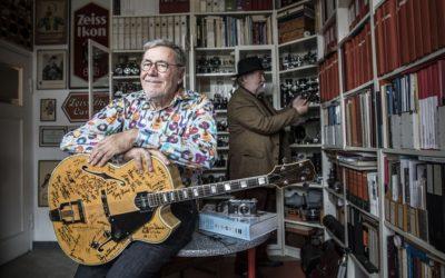 Wanderer zwischen Welten:  Bernd K. Otto organisiert das jährliche FR-Altenhilfe-Konzert